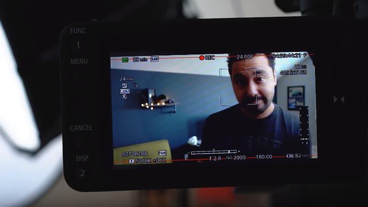 Armando Ferreira tests C200's dual-pixel autofocus