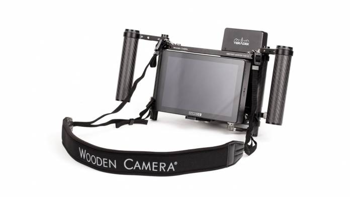 Wooden Camera's Director's Monitor Cage v3