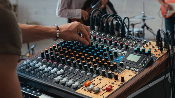 TASCAM Model 16 in use