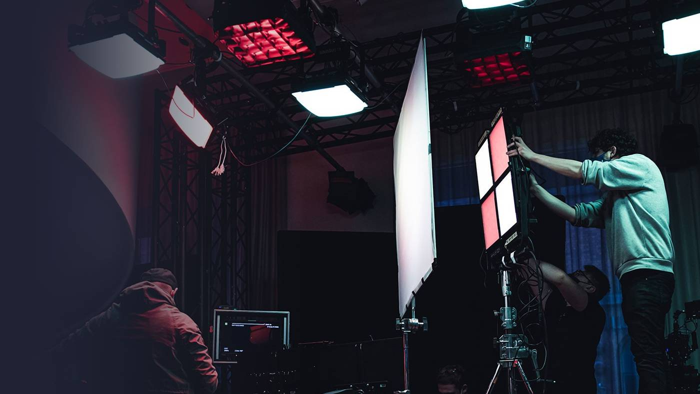 Gemini 1x1 Hard light panel on set