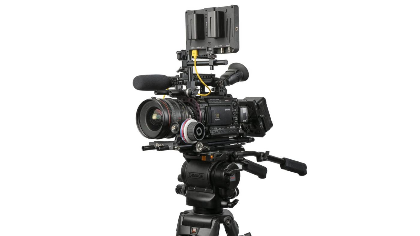 Ikan ECT100M tripod with camera