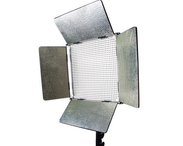 ikan IB1000 Dual-Color LED Light Review