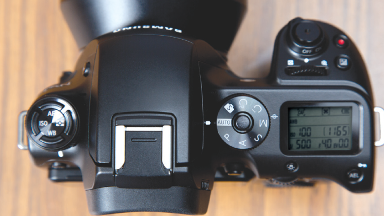 Top view of Samsung NX1 showing it's ergonomic and easy-to-use controls