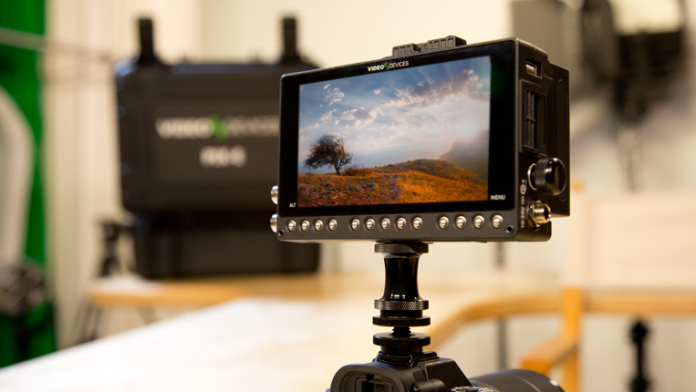 Video Devices PIX-E5 Portable 4K Recording Video Monitor