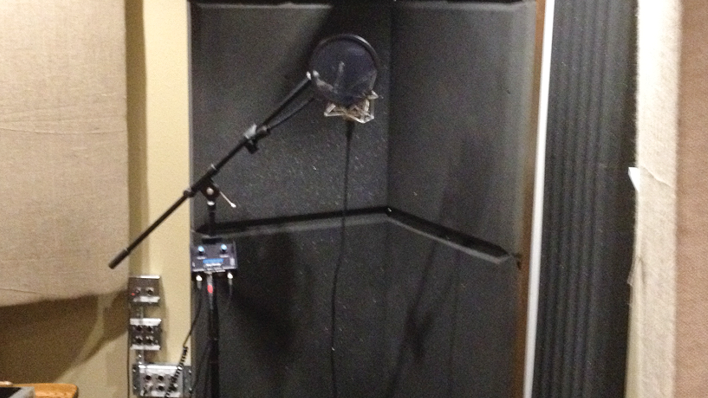DIY Freestanding Vocal Booth