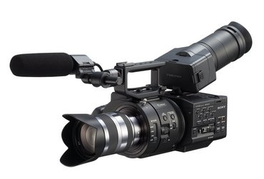 The Sony FS700 is put to the test by filmmaker Philip Bloom