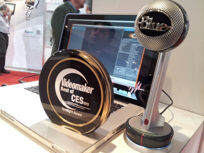 Nessie microphone on a circular base next to a laptop and Videomaker Best of CES 2013 Spotlight award
